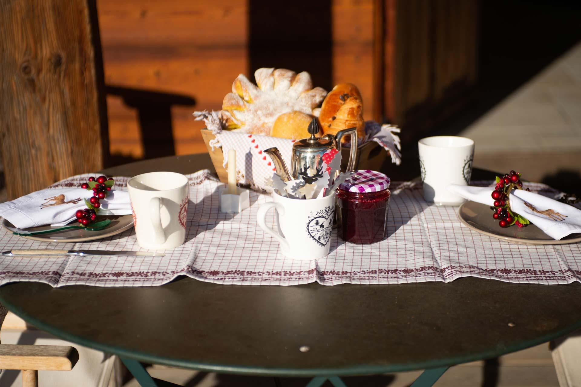 Petit-Déjeuner-au-chalet---Ambiance